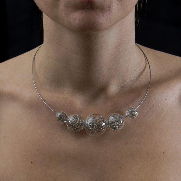 Skleněný náhrdelník Wired 6