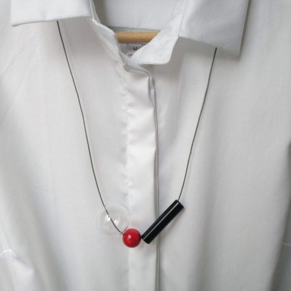 Skleněný náhrdelník Geometri long red